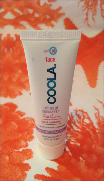 Glossybox July Coola mineral sunscreen