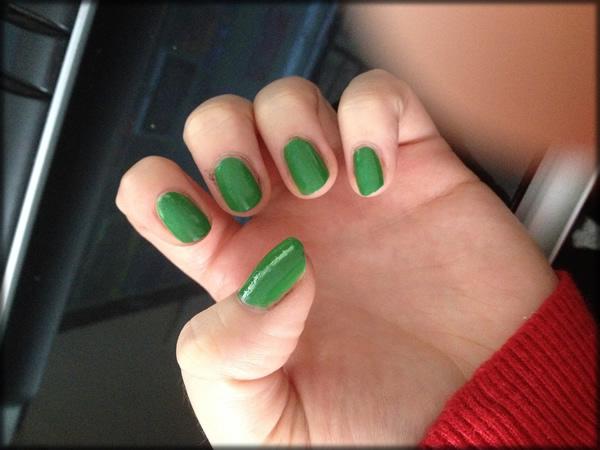 halloween frankenstein nail 1