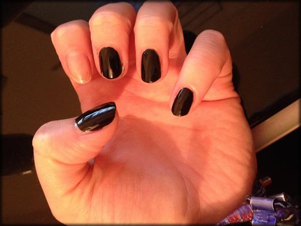 halloween pumpkin nail 3