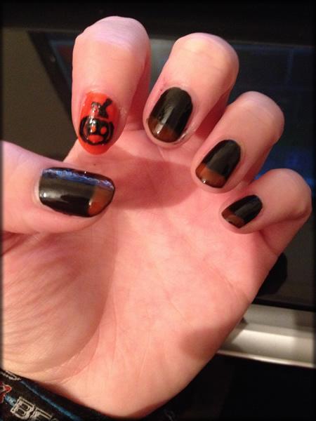 halloween pumpkin nail 9
